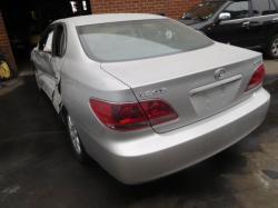 2005 lexus  es300
